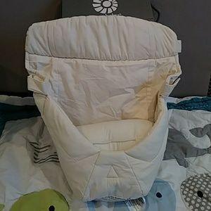 Ergobaby Snug Infant Insert For 360 Carrier